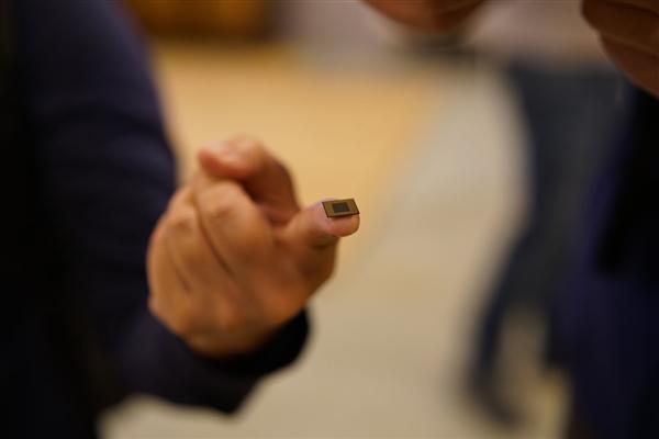 苹果A系处理器核心设计师跳槽谷歌:安卓又有新SoC了