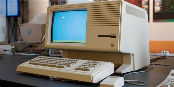 全球首台图形界面操作系统计算机Apple Lisa即将开源