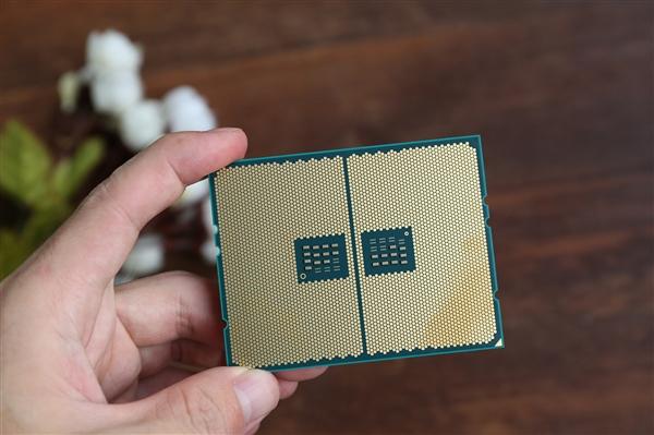 AMD的2017年表现几近完美:CPU满分、显卡跟上