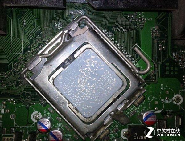 电脑突然开不了机?简单几招解决问题