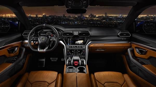 全球最快量产燃油SUV!兰博基尼Urus中国发布:售价313万