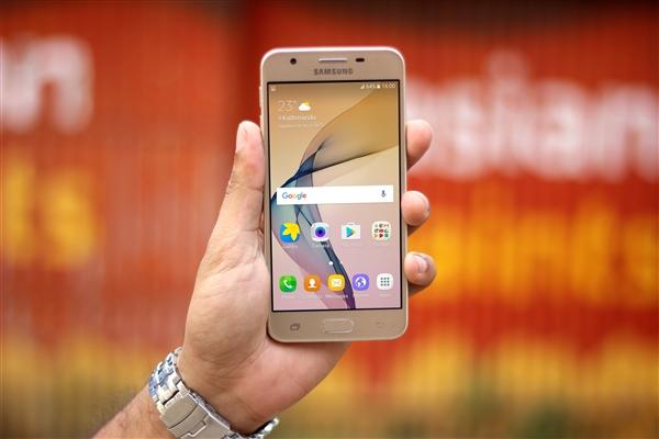 三星入门机Galaxy J2正式发布:骁龙430 售价900元