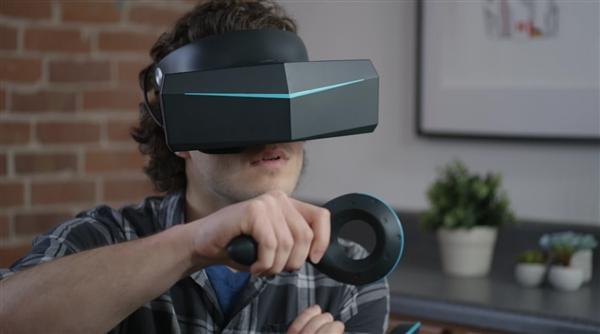 国产厂商小派在CES展示其最新VR眼镜:超强8K分辨率