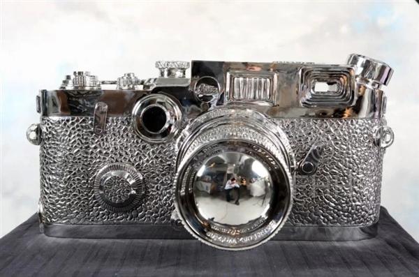 """不锈钢""""徕卡相机""""现身ebbay要价竟高达65万元"""