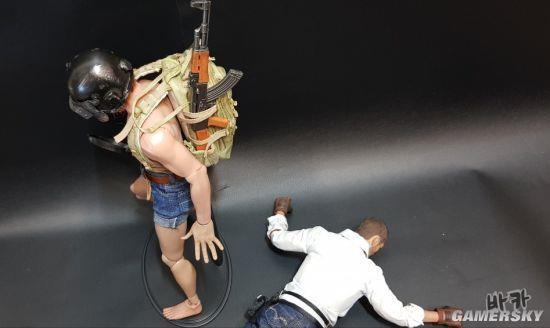 玩家自制《绝地求生》角色模型 三级头平底锅超还原