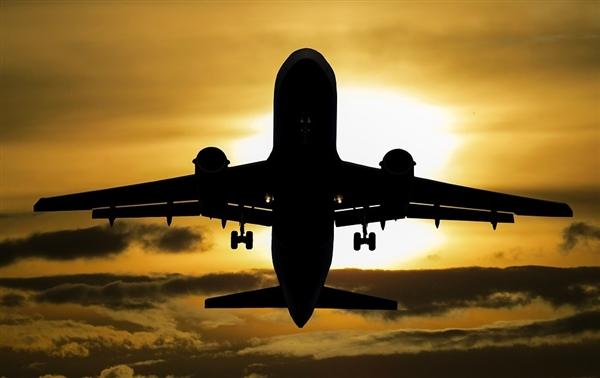民航终于决定:飞行模式有望在国内解禁了-飞机,手机