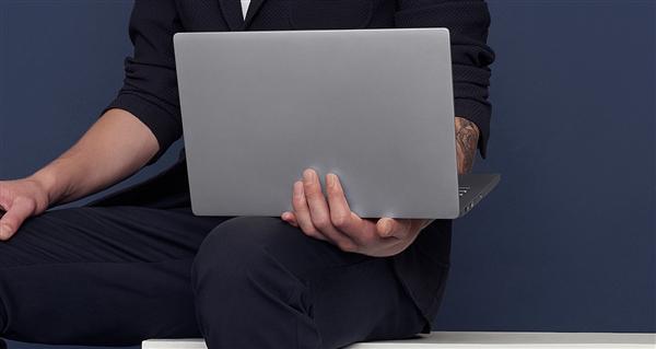 小米笔记本Air i7独显版降价:5599元