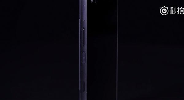 ZEALER王自如上手中兴AXON M:分屏模式超实用