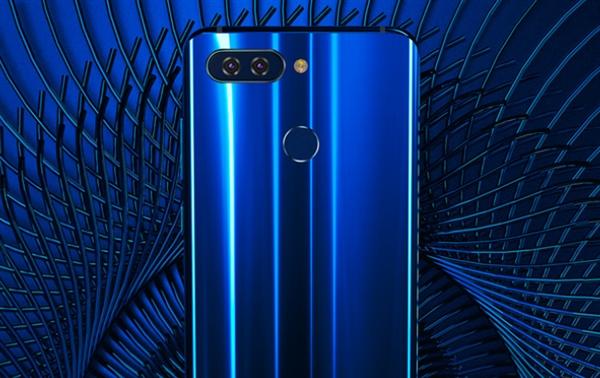 海信H11全面屏手机宣布:骁龙630+AI双摄 售价2599元起
