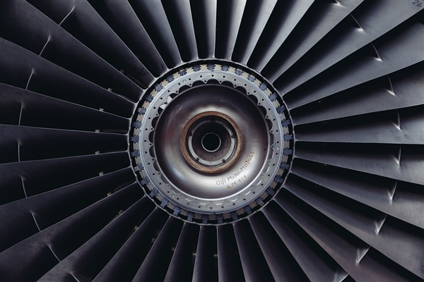最快喷气客机新纪录:速度无敌 最高1254公里/小时