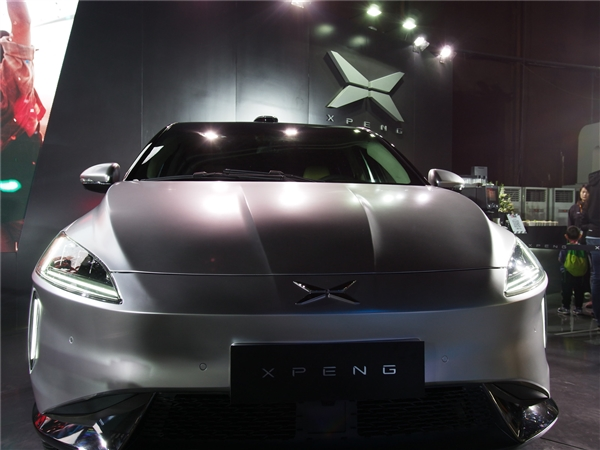 小鹏汽车启动B轮融资:阿里巴巴富士康投3.5亿美元