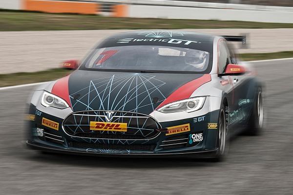 特斯拉将举办全电动赛车职业联赛:统一使用改装电动车