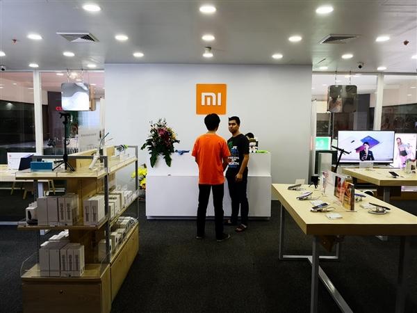 小米在MIUI输给Android One后删除了推特的民意调查