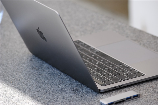 惠普第1苹果第4 2017年全球笔记本出货量排名公布