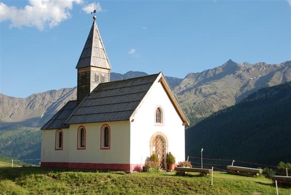 英国政府将利用教堂尖塔改善农村地区的互联网连接