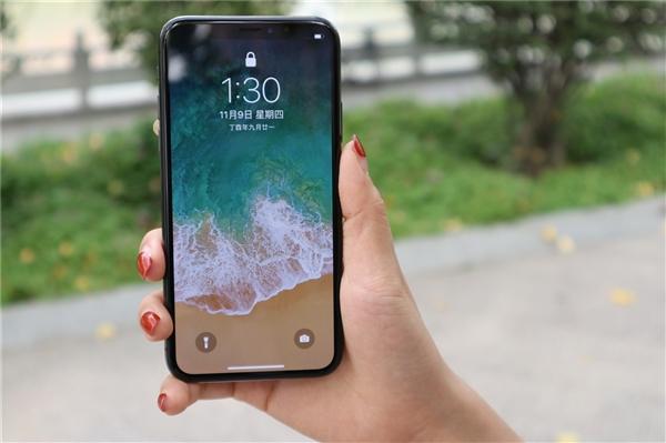 iPhone X Plus苹果在稳步的进行中,其将配备6.5英寸全面屏