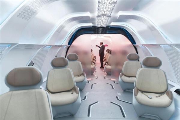 美国超级高铁展示车厢内部:皮革座椅很是奢华