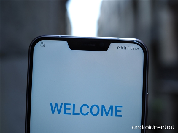 华硕ZenFone 5Z图赏:90%屏占比视觉出众
