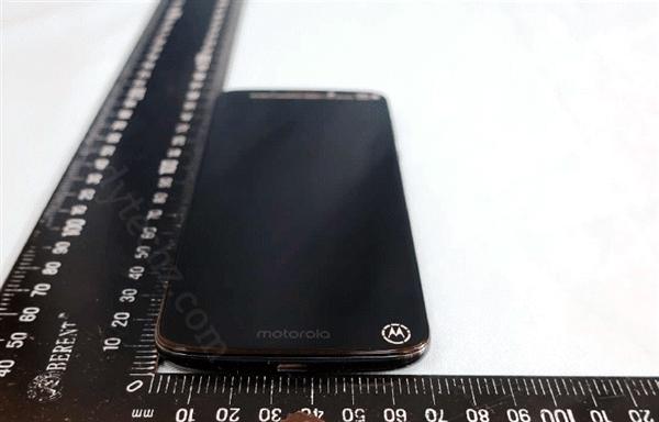 摩托罗拉Moto G6 Play谍照泄露!