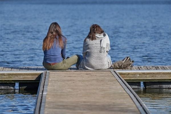 长期保持坐姿将会导致老年痴呆