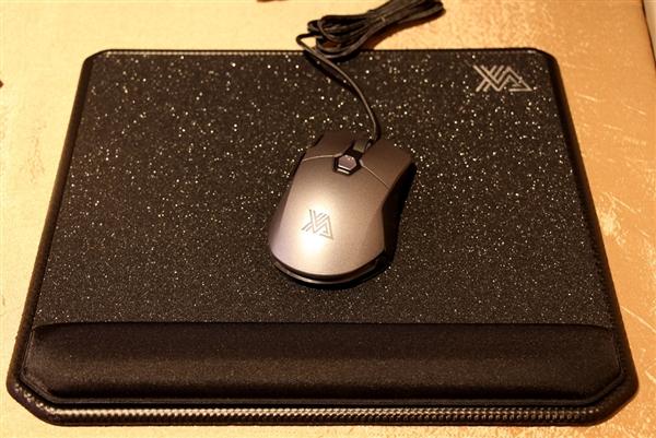 影驰携手电竞品牌XANOVA:感受下意大利风格的键鼠耳机