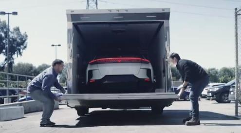 贾跃亭造的FF91电动车终于见面了:装车图曝光
