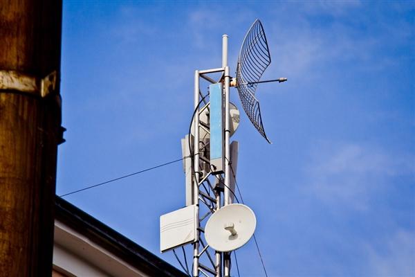 """260亿美元!T-Mobile和Sprint宣布合并:美国运营商""""三国鼎立"""""""