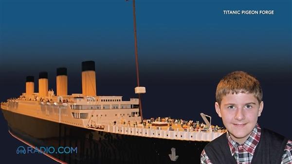 自闭男孩拼全球最大乐高泰坦尼克 5万个积木超壮观