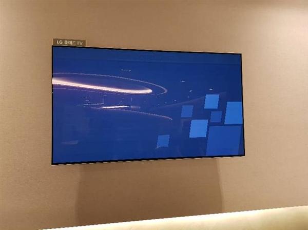 尴尬!LG新款OLED电视在仁川机场当众烧屏
