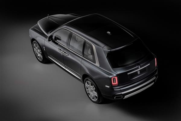 500万的节奏!劳斯莱斯首款SUV库里南发布:双涡轮V12