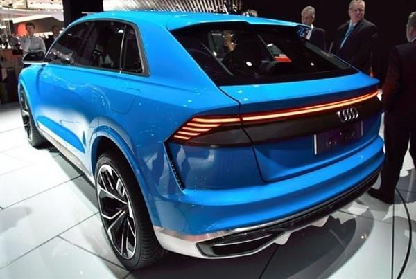 奥迪Q8量产版官方预告图发布:贯穿式尾灯 造型动感
