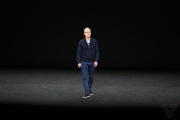 苹果CEO库克回怼特朗普:对中国征收关税是错误做法