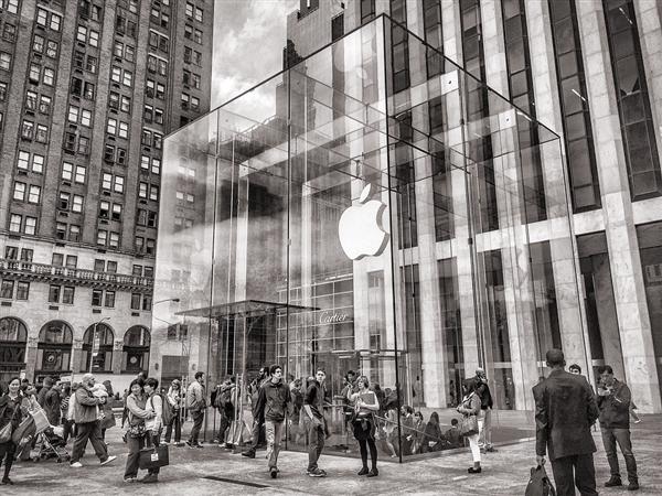 这下热闹了!苹果宣布进军影视业