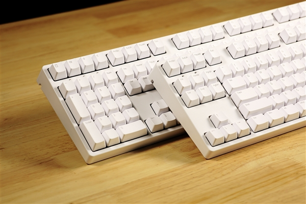 有l87和l108两款,除了将方向键,功能区,小数字键盘等键位进行了左置图片