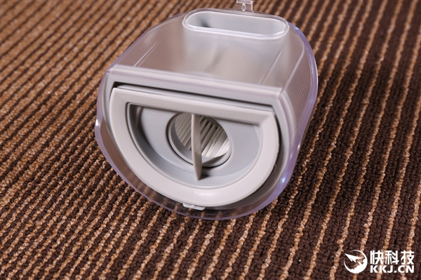 洒哇地咔无线手持除螨吸尘器开箱:5分钟紫外杀菌