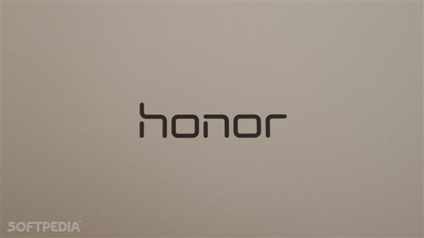 荣耀耳机新品即将发布:几何美学设计