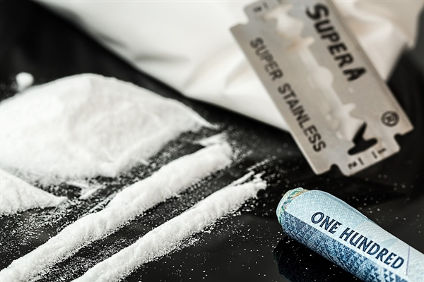 在美国每5例年轻人的死因中就有1例与阿片类药品有关