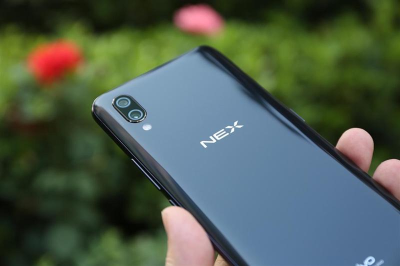 首发升降式相机 vivo NEX评测:这才是未来的手机