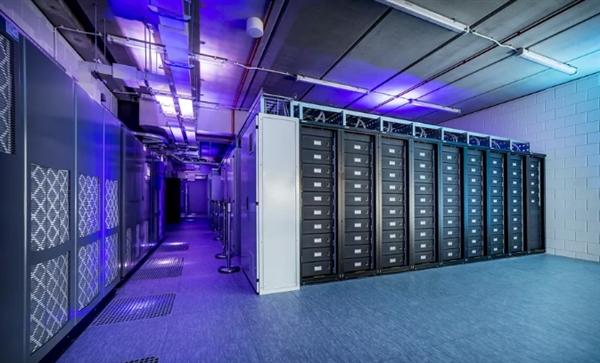 日产用148块聆风汽车的电池组 做荷兰体育场备用能源