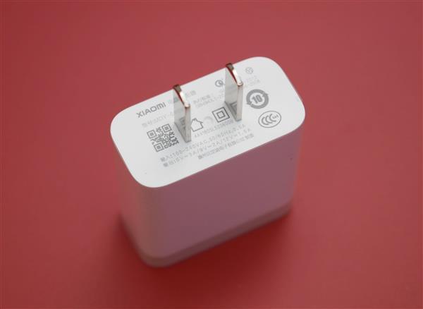 6.9英寸+5500mAh!小米Max 3上手:反向充电让iPhone汗颜