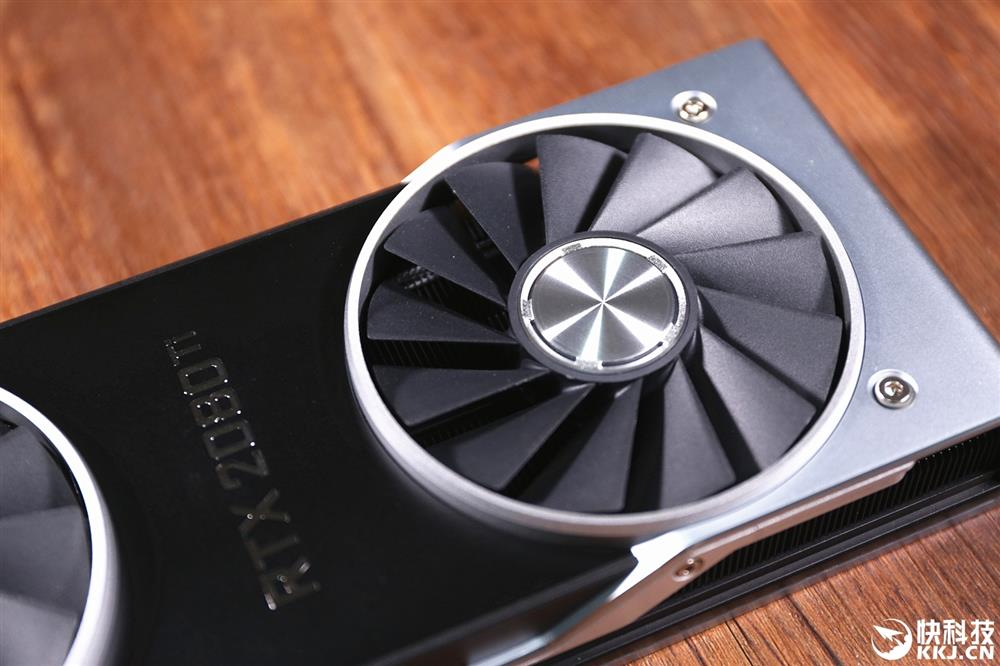 """最贵""""煤气灶"""" NVIDIA RTX 2080Ti开箱"""