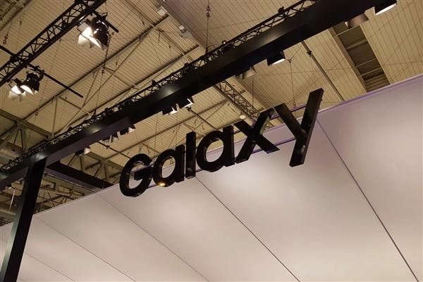 三星准备中国特供Galaxy P30:首发屏下指纹