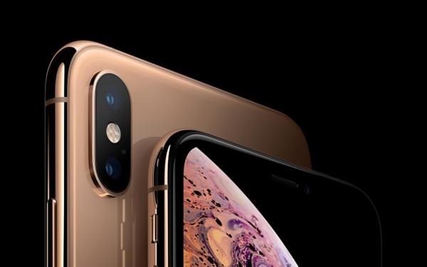 """改进明显:iPhone XS Max摘得""""最佳智能机屏幕""""桂冠"""