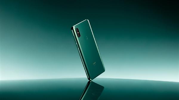 小米MIX 3超级听筒音量功能给力:实测效果好于iPhone XS Max