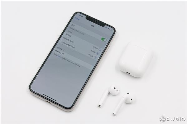 华强大北边出产品:1比1高仿苹实AirPods耳机你认得出产到来吗?