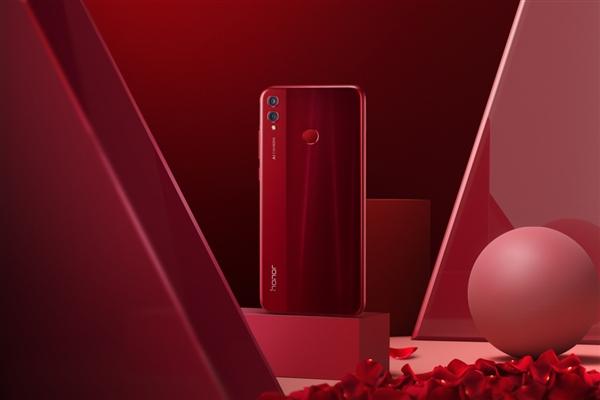 荣耀8X Max获得10月大屏手机销量冠军