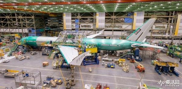 长度最长:波音777X客机总装成型完成 明年首飞