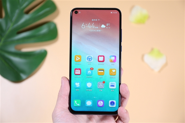 2019年科技行业展望:5G、可折叠手机将改变你