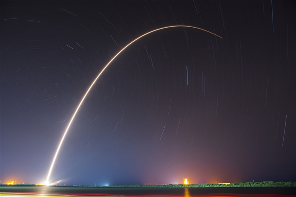 长征火箭完成第300次发射:中星6C升空入轨