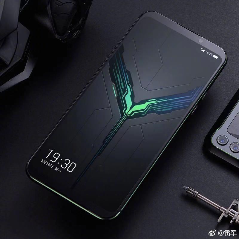 最新手机游戏资讯_黑鲨游戏手机2官方外形公布:非异型屏,触控媲美iphone
